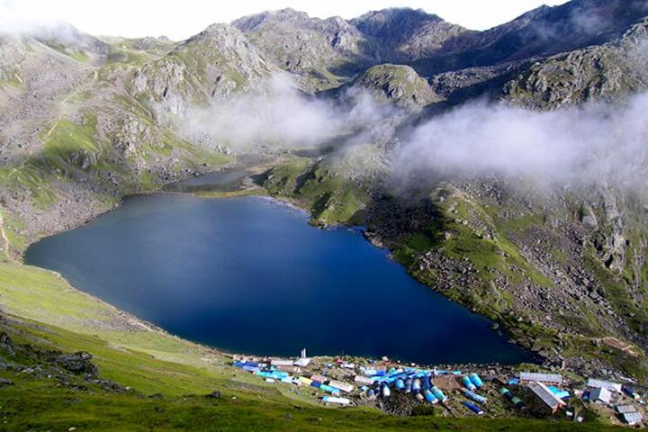 Lagtang vallée et lacs sacrés Gosaikund